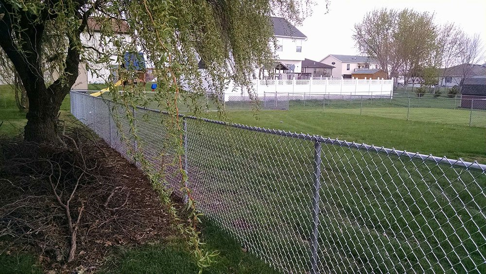 Galvanized-chainlink-fencing