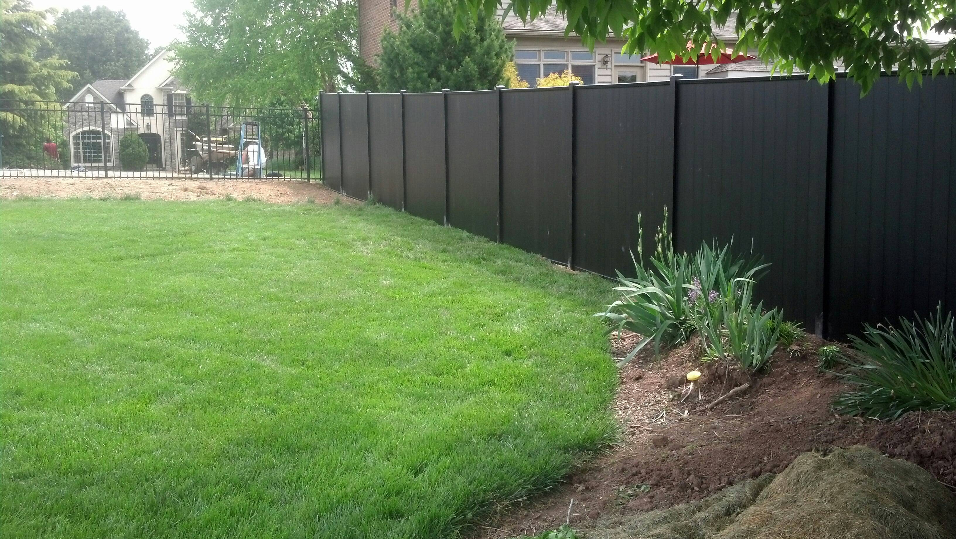 Eclipse privacy snyders custom fencing