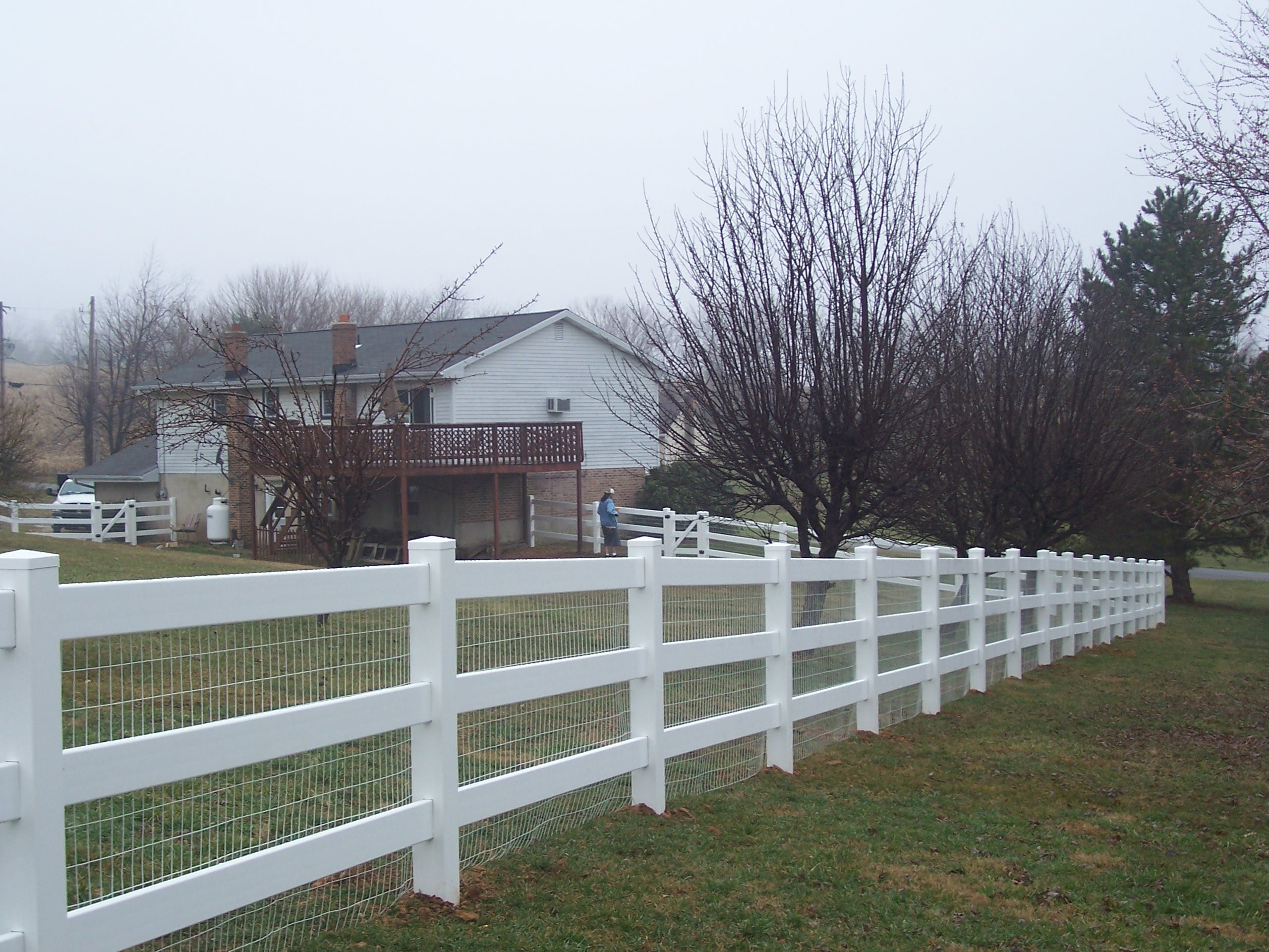 PVC 3 rail with wire - Snyders Custom Fencing
